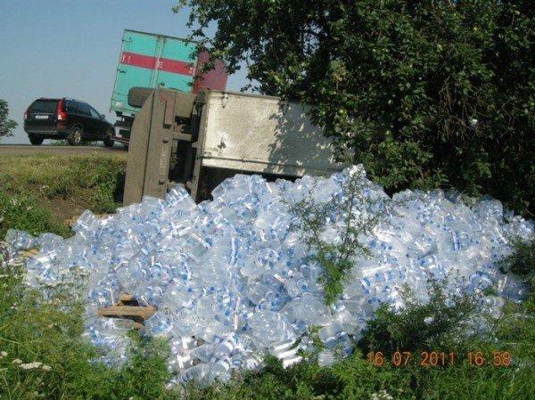На Николаевщине перевернулся прицеп с минеральной водой. Кто виноват? (ФОТО), фото-5