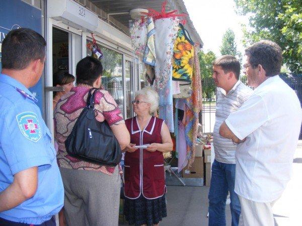 Администрация рынка «Факел» проигнорировала губернатора и отключила киоски предпринимателей от электроэнергии (ФОТО), фото-2