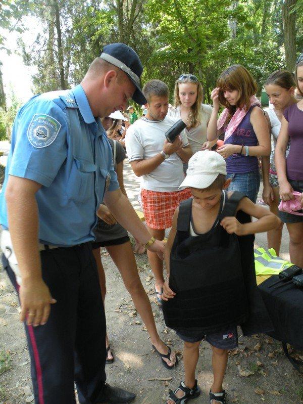 Тематический праздник «День с ГАИ» организовали в детском лагере «Заря» сотрудники Госавтоинспекции (ФОТО), фото-2
