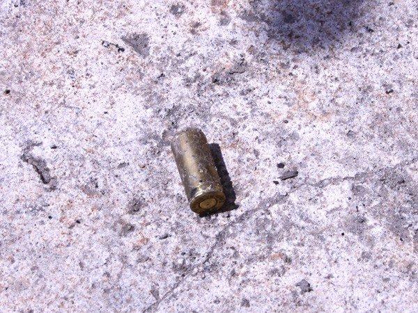 Запорожец обстрелял милицию и поджег свой дом  (ФОТО), фото-3