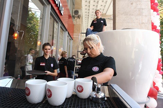 Незабаром в Тернопіль приїде величезна чашка кави (фото), фото-3