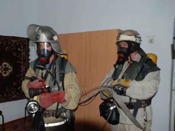 В Николаевском пансионате для ветеранов войны и труда сотрудники МЧС проводили учения (ФОТО), фото-2