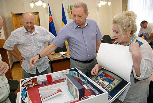 Музей «Молодой гвардии» на Луганщине реконструируют до конца 2011 года (фото), фото-2