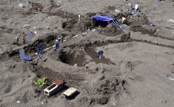 В Крыму детей научили строить сложные дорожные развязки из песка (фото), фото-1