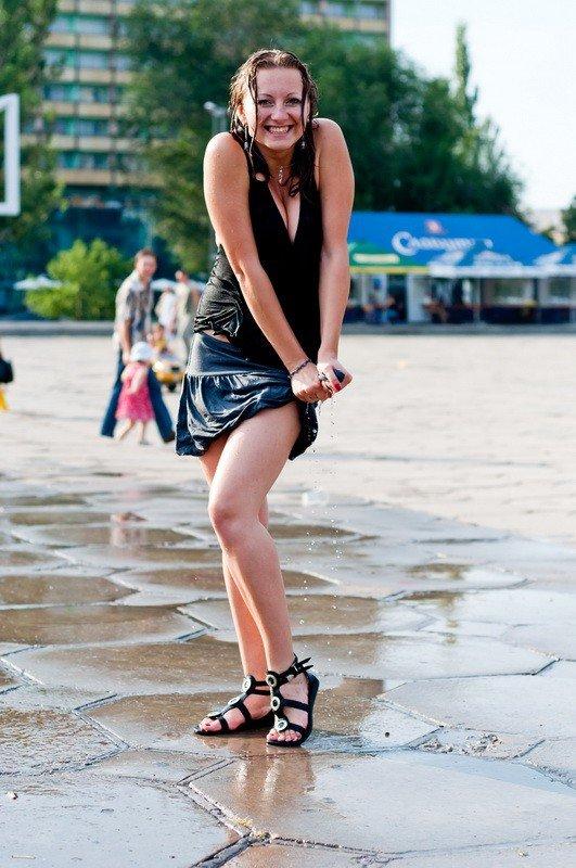 Запорожская молодежь спасалась от жары обливанием (ФОТО), фото-4