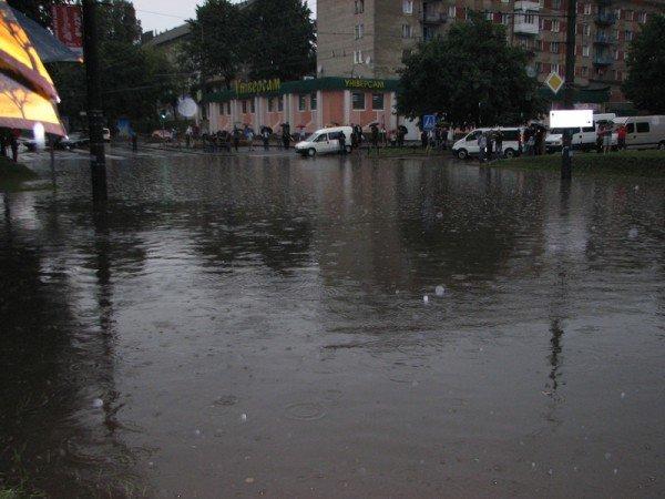 Наслідки зливи в Тернополі (фото), фото-4
