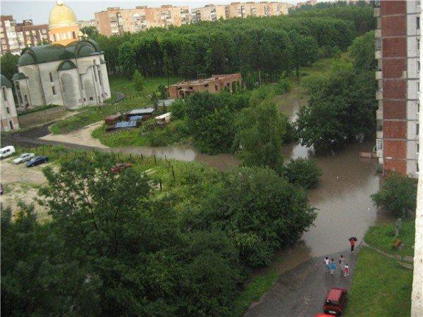 Наслідки зливи в Тернополі (фото), фото-8