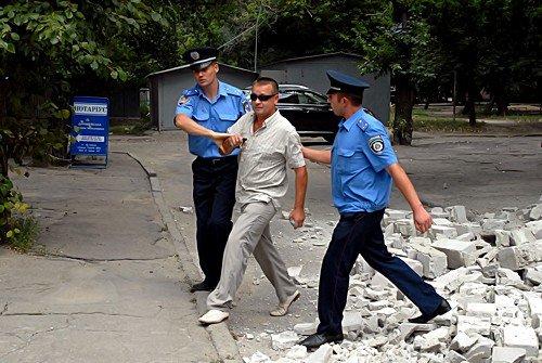 Незаконную постройку в центре Луганска снесли за 1 час (фото), фото-7