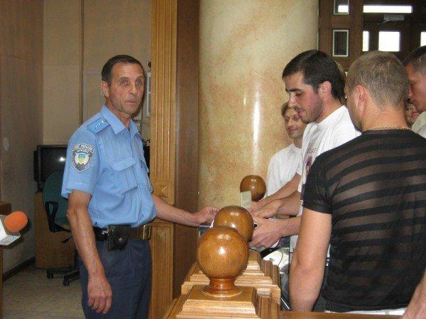 Одесситы собираются судиться с мэром за закрытые исполкомы (фото), фото-1