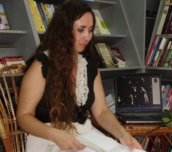 Зустріч з тернополянкою Наталією Лазукою -  поетесою, журналісткою, телеведучою... (фото), фото-7