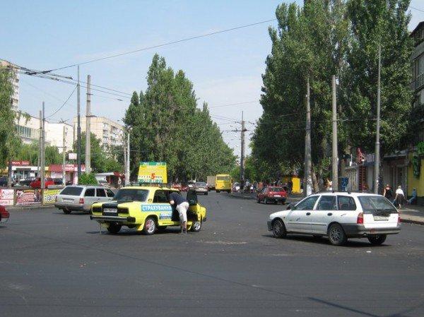 Дорожная революция: В Одессе с оживленной площади исчезли все светофоры и разметка (фото), фото-4