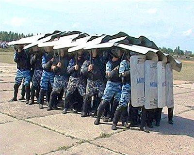 Луганский гарнизон милиции продемонстрировал подготовку к «Евро-2012» (фото), фото-4