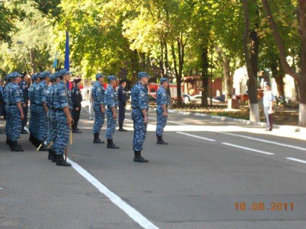 В центре Одессы БТР «Беркута» и ГАИ (фото), фото-1