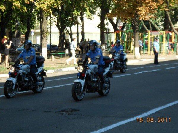В центре Одессы БТР «Беркута» и ГАИ (фото), фото-2