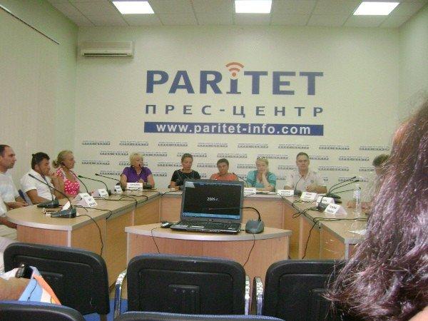 Предприниматели Малиновского рынка хотят договорится с властью (фото), фото-1