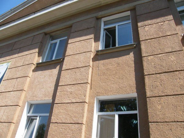 В Одесской областной телерадиокомпании ЧП: кто-то залез в окно (фото), фото-2