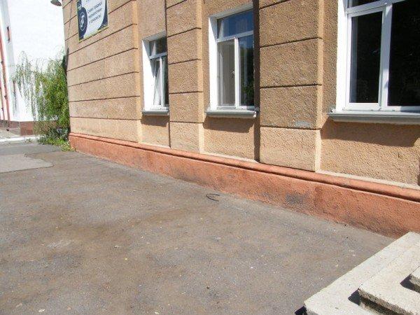 В Одесской областной телерадиокомпании ЧП: кто-то залез в окно (фото), фото-4