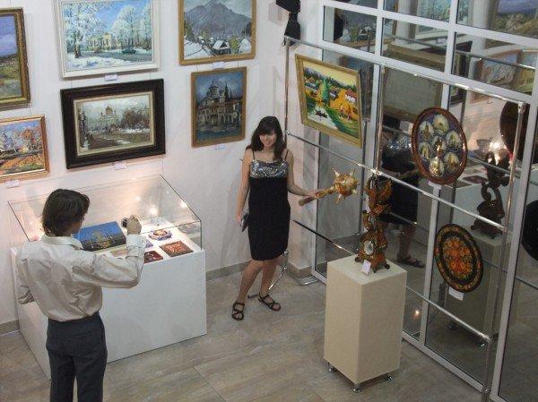 В Донецке открыли выставочный центр «АртДонбасс» (фото), фото-5