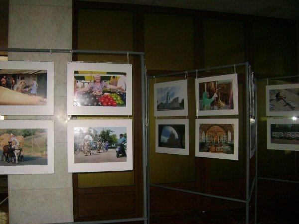 В Одесской ОГА фотовыставка (фото), фото-3
