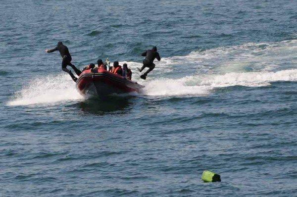 В Одессе задержали судно, начиненное нелегалами, наркобаронами и сбежавшими от правосудия преступниками (фото), фото-1
