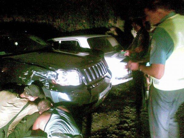 Пострадавшие автовладельцы разыскивают владельца БМВ, разбившего их машины (фото), фото-1