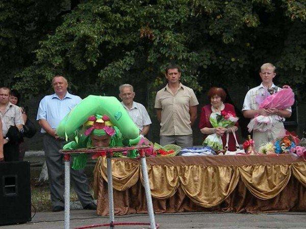 Депутат облсовета вместе с коллегами из горсовета отремонтировали помещение для первоклассников в пос. Зайцево, фото-4