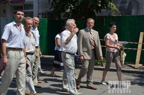 У Житомирі підприємці відгукнулися на прохання мера (ФОТО), фото-8