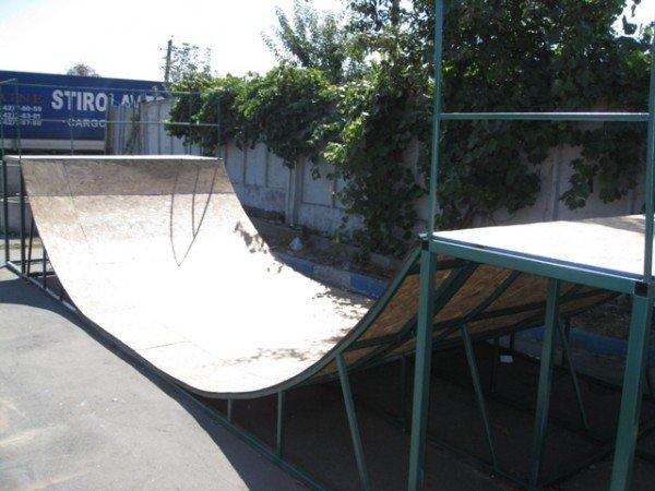 Для горловской молодежи на площади Революции установят  скейт-площадку (фото), фото-3