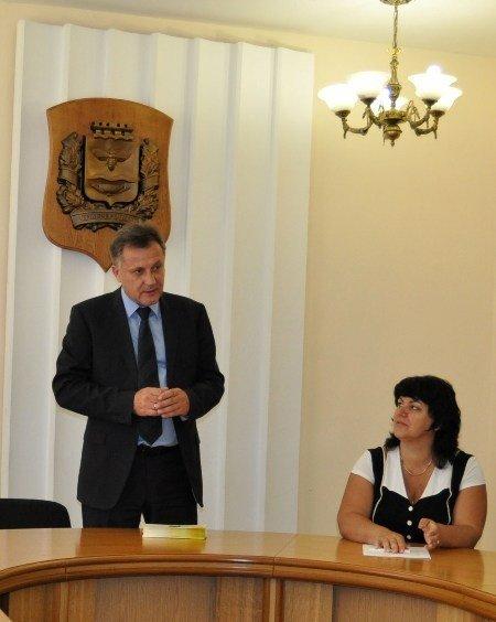 Мэр Симферополя поздравил самых умных школьников города (фото), фото-2