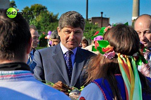 День города в Луганске начался с выставки цветов (фото), фото-2