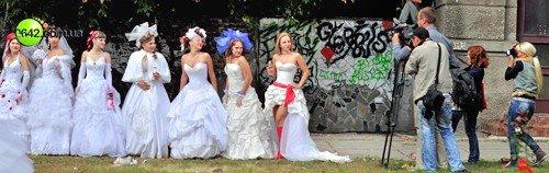 В День города состоялся первый в Луганске «Парад невест» (фото), фото-3