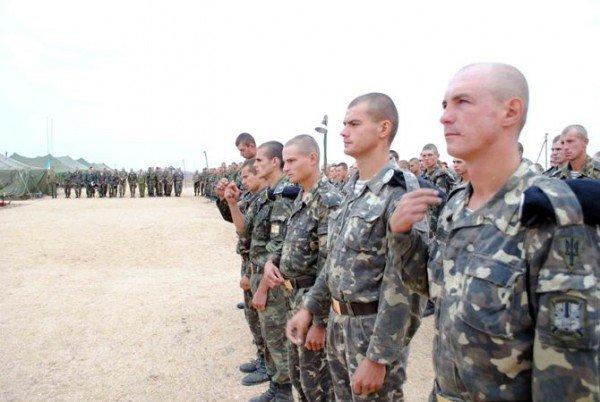 Украинских военнослужащих крестили в Черном море (фото), фото-7