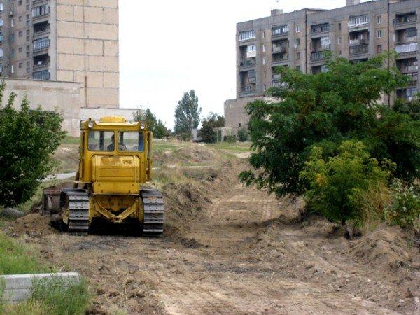 В Горловке на 88-м квартале воскресили стройку школы, фото-1