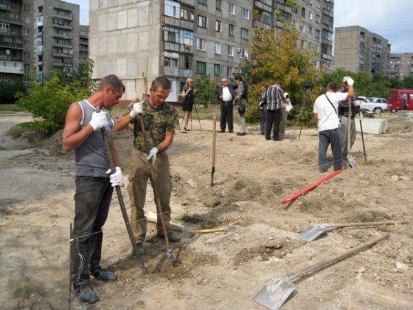 В Горловке на 88-м квартале воскресили стройку школы, фото-3