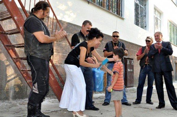 Байкеры подарили праздник малышам симферопольского детского дома (фото), фото-3