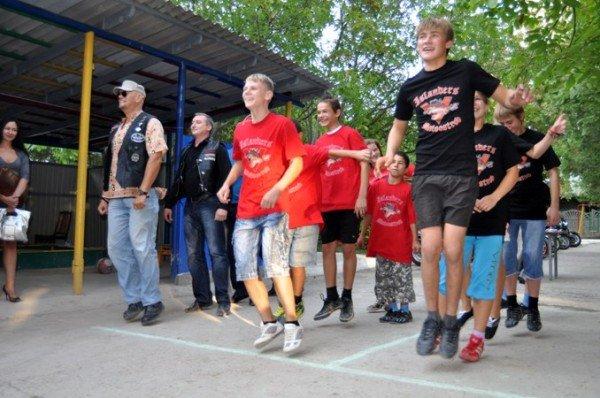 Байкеры подарили праздник малышам симферопольского детского дома (фото), фото-4