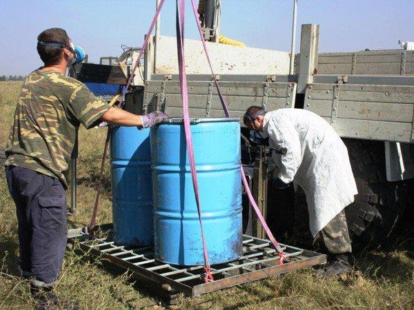 Запорожские спасатели обезвредили опасные ядохимикаты  (ФОТО), фото-4