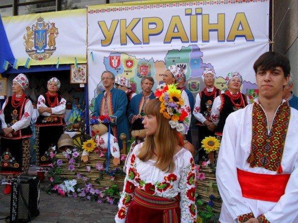 Наши корни, наши плоды: сегодня  в Кривом Роге фестиваль национальных культур., фото-1