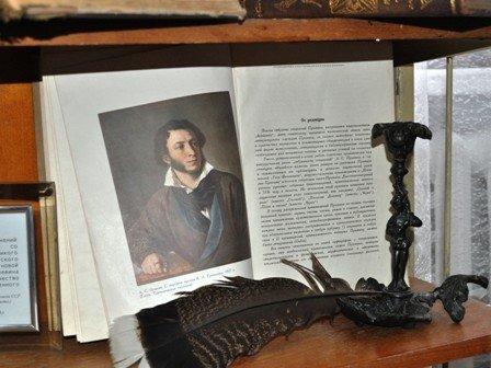 Для горловских писателей и поэтов открыли  Литературный музей, фото-3