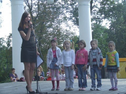 На вихідних в Житомир на родинне свято прилітав лелека з дарунками (ФОТО), фото-1