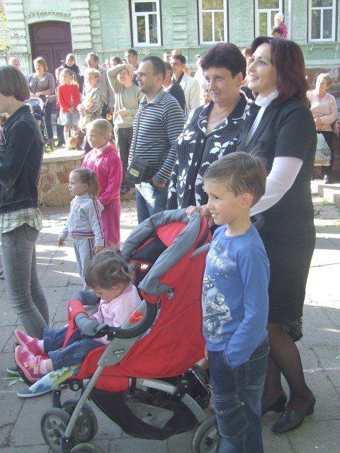 На вихідних в Житомир на родинне свято прилітав лелека з дарунками (ФОТО), фото-9