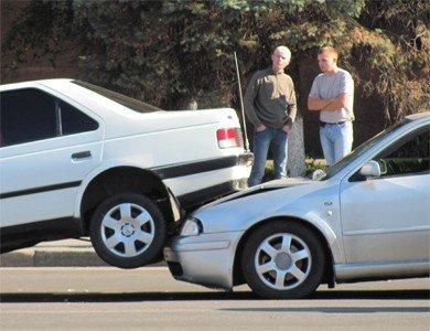 ДТП в Полтаве: автомобиль нырнул под автомобиль (ФОТО), фото-2