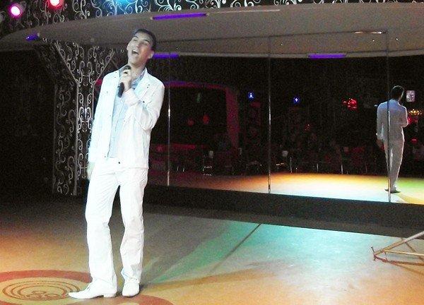 В горловском конкурсе «Золотой микрофон» победил исполнитель из Первомайска, написавший песню для Григория Лепса, фото-5