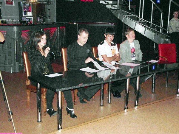 В горловском конкурсе «Золотой микрофон» победил исполнитель из Первомайска, написавший песню для Григория Лепса, фото-9