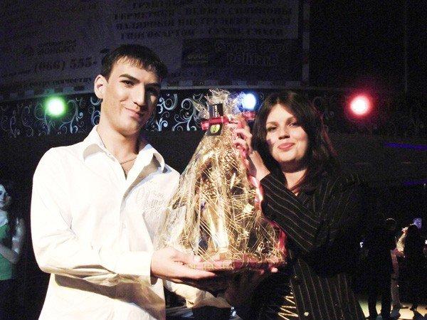 В горловском конкурсе «Золотой микрофон» победил исполнитель из Первомайска, написавший песню для Григория Лепса, фото-10