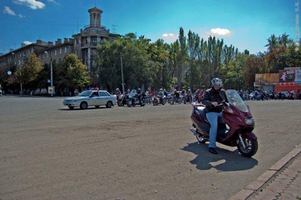 В Горловке почтили память байкерши «Никиты», сбитой сыном чиновника на «Бентли», и других мотоциклистов  (фото+видео)), фото-10