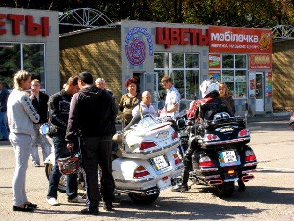 В Горловке почтили память байкерши «Никиты», сбитой сыном чиновника на «Бентли», и других мотоциклистов  (фото+видео)), фото-4