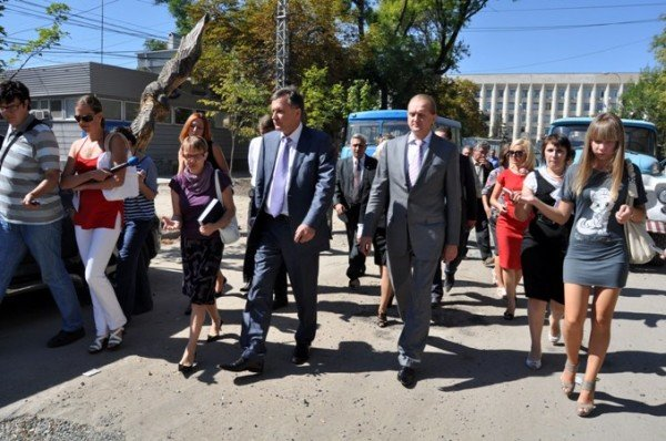 Ремонт на улице Горького в Симферополе обещают закончить 31 октября (фото), фото-1