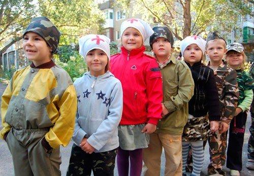 Горловские малыши  боролись с террористами (фото), фото-1
