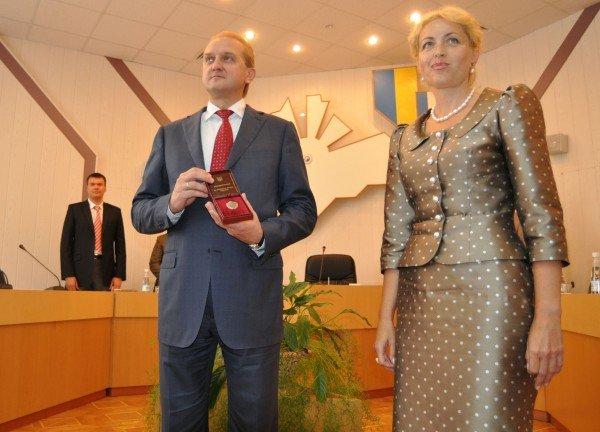 Заместитель председателя Совмина Крыма стала заслуженным экономистом Украины (ФОТО), фото-1